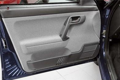Пластиковые подиумы к обивкам двери (2 шт.) ВАЗ 2110